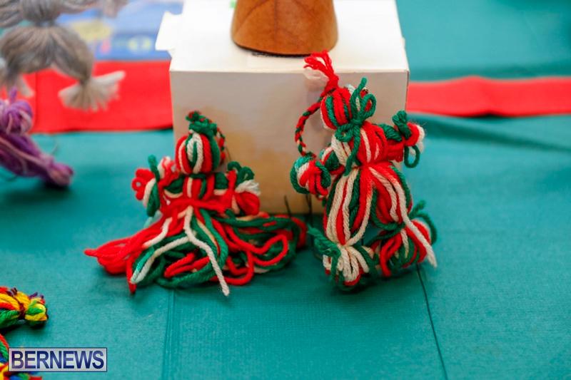 Seniors crafts exhibition 1201 (7)