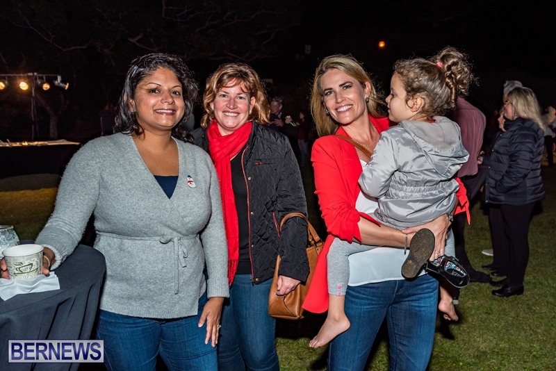South P Tree Lighting 01DEC18 (17)