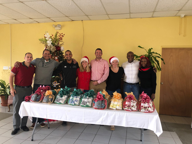 TMR Holiday Cheer Bermuda Dec 2018 (1)