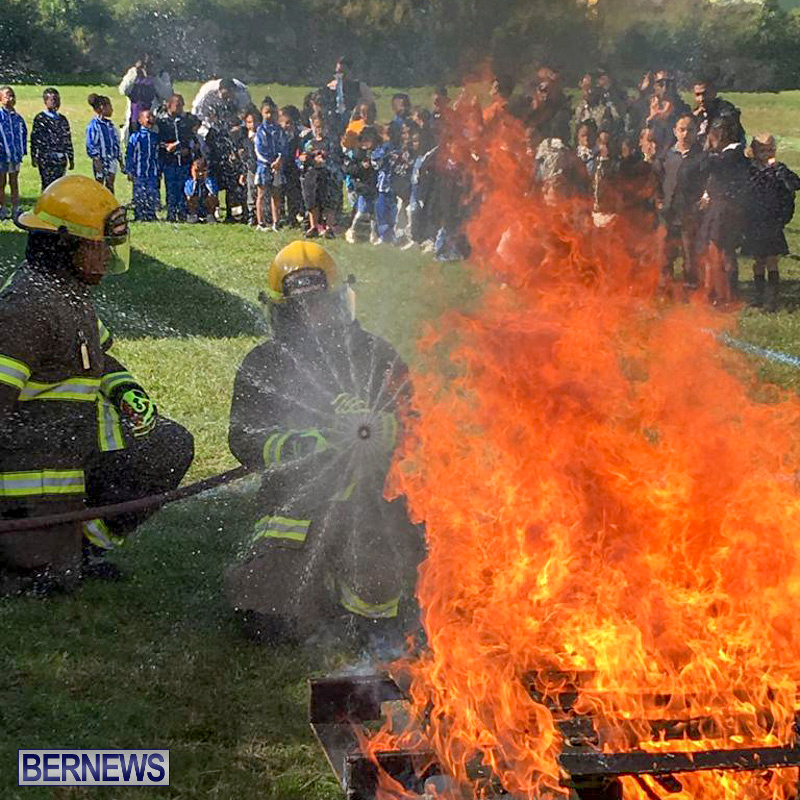 Bermuda Fire and Rescue Service demonstration at Elliot Primary School Careers Day, January 24 2019-05