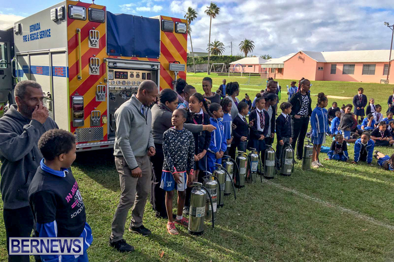 Bermuda Fire and Rescue Service demonstration at Elliot Primary School Careers Day, January 24 2019-53-9