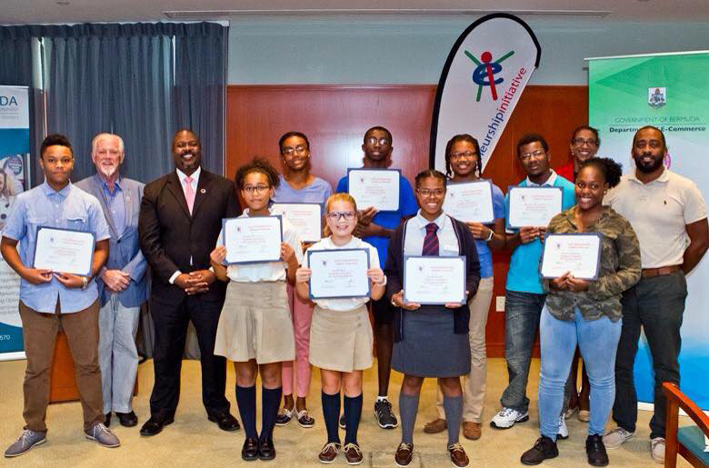 Minister with students Bermuda Jan 30 2019
