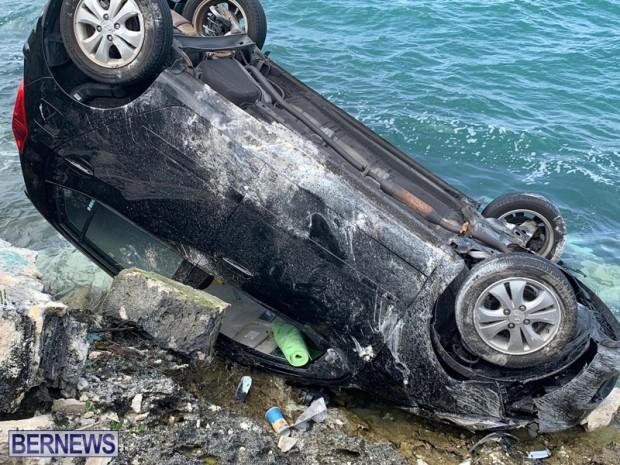 car overturned Bermuda Feb 25 2019 (3)