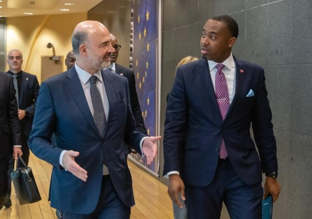 Premier David Burt meets with Pierre Moscovici Bermuda March 2019 (3)