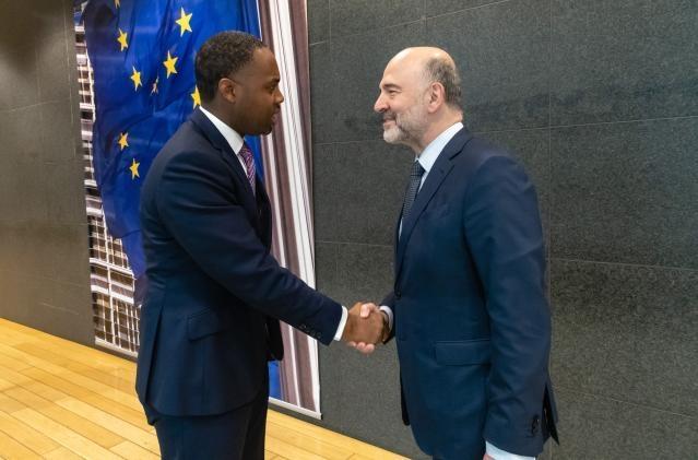 Premier David Burt meets with Pierre Moscovici Bermuda March 2019 (4)