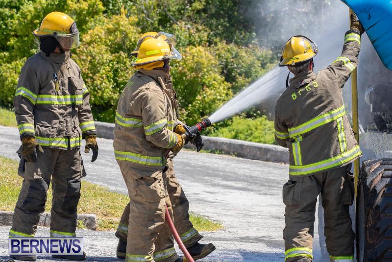 Bucket Hi Lift Fire Bermuda, April 29 2019-0007