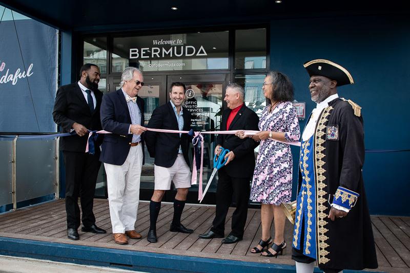 Hamilton Visitor Services Centre Bermuda April 2019