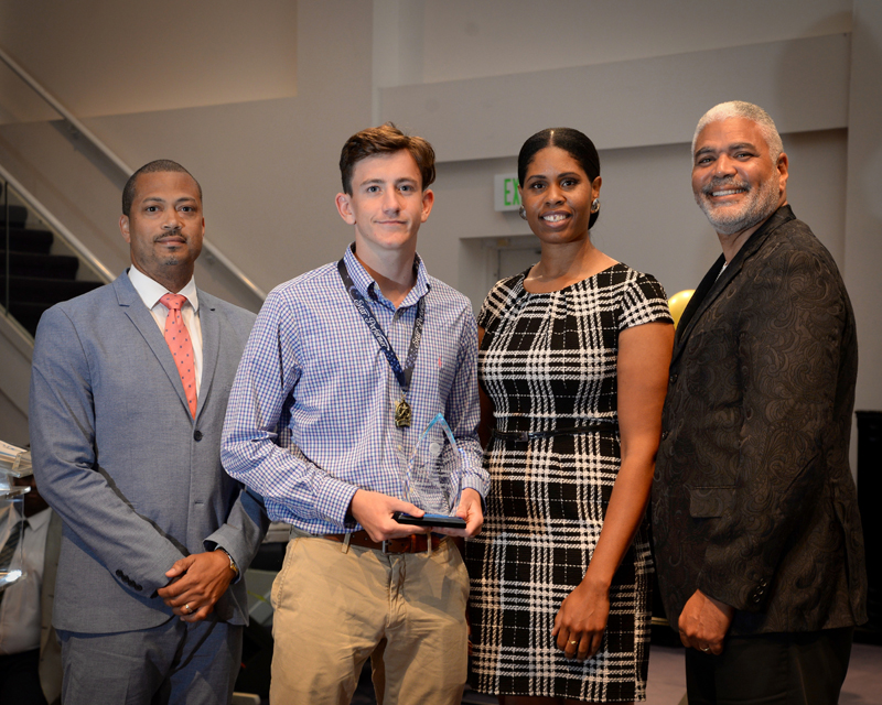 Outstanding-Teen-Award-Bermuda-April-2019-11