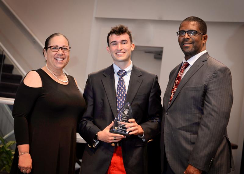 Outstanding-Teen-Award-Bermuda-April-2019-17