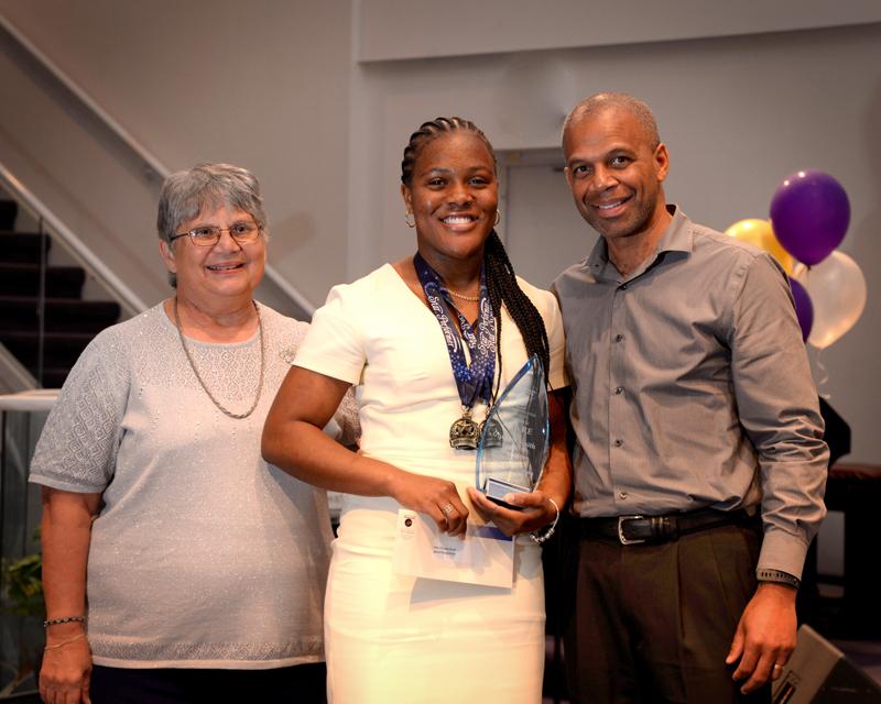Outstanding-Teen-Award-Bermuda-April-2019-20