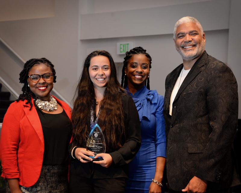 Outstanding-Teen-Award-Bermuda-April-2019-8