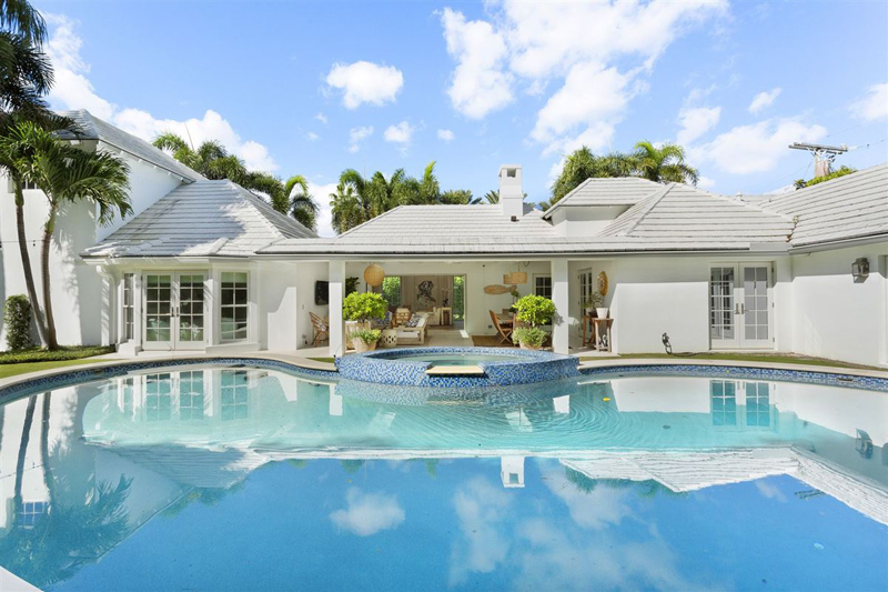 Recently Renovated Modern Bermuda Style April 2019