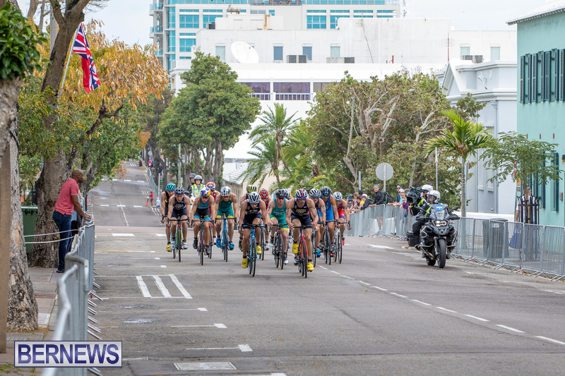 World-Triathlon-Bermuda-Elite-Men's-Race-April-27-2019-1