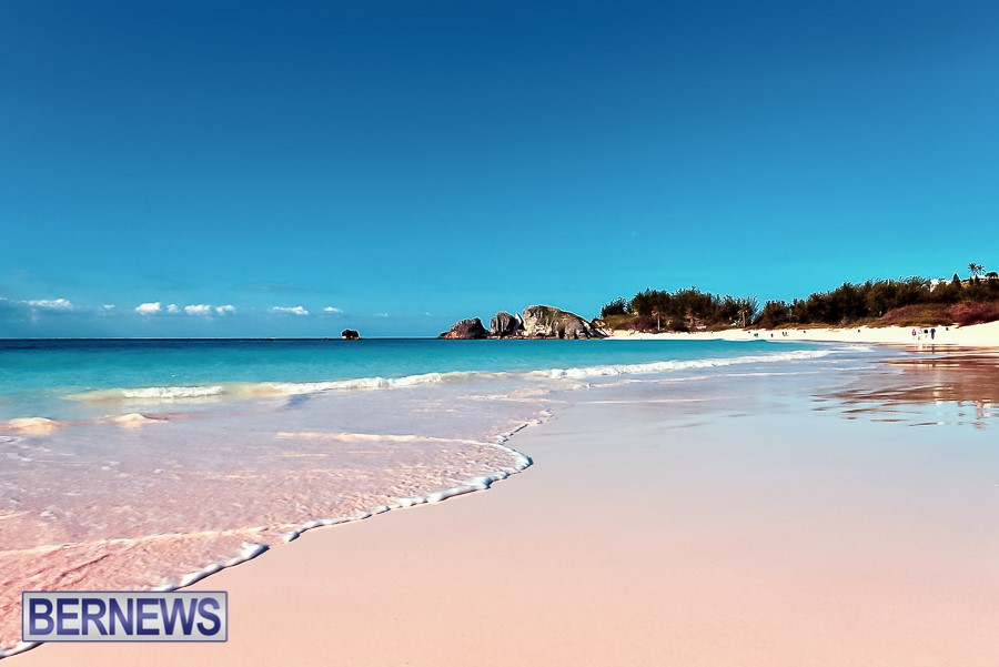635 The always beautiful Horseshoe Bay beach, one of Bermuda's famous gems
