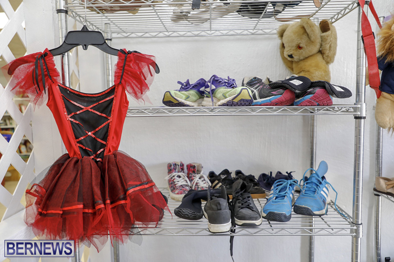 Salvation Army Thrift Store Bermuda May 2019 (14)