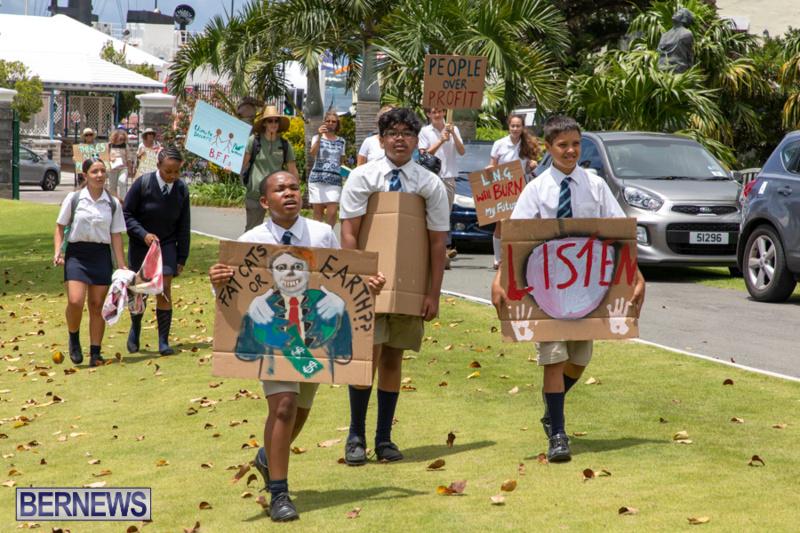 Future-Climate-Rally-and-School-Strike-Bermuda-June-14-2019-6508