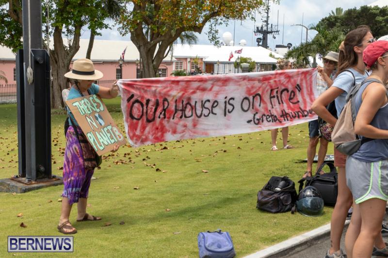 Future-Climate-Rally-and-School-Strike-Bermuda-June-14-2019-6540