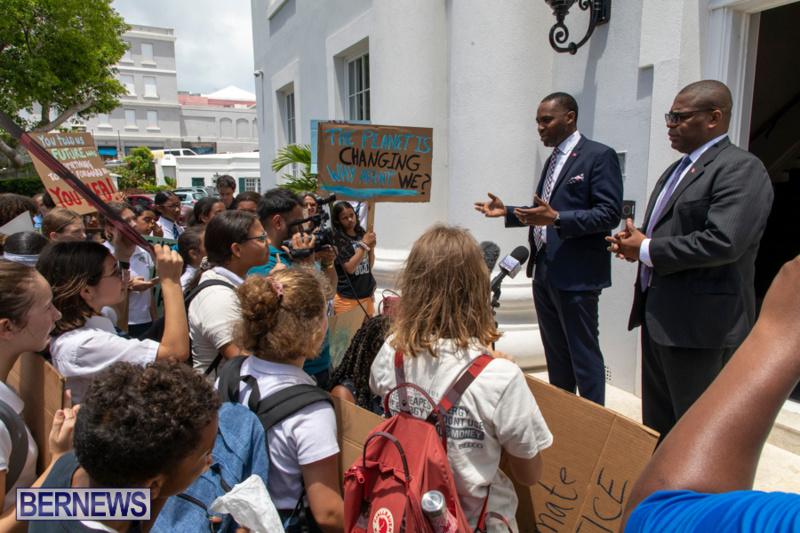 Future-Climate-Rally-and-School-Strike-Bermuda-June-14-2019-6579