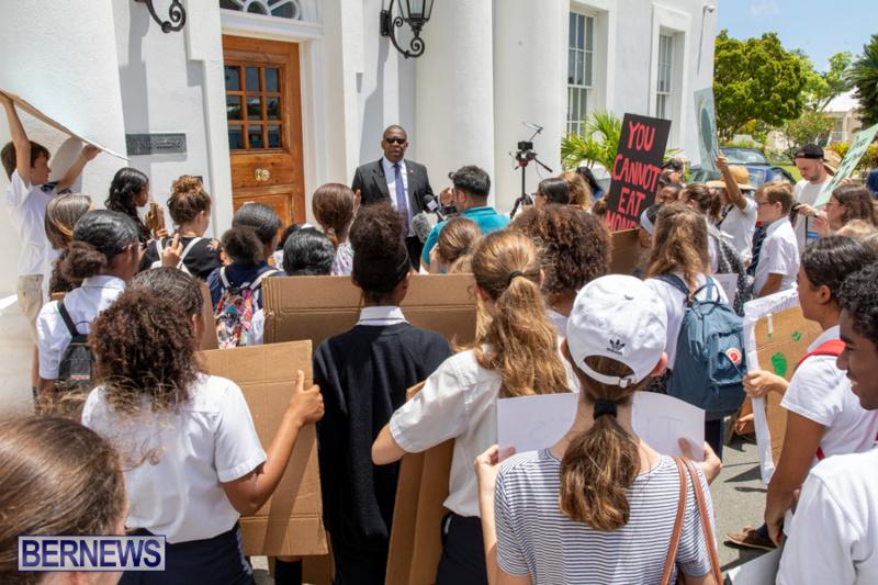 Future-Climate-Rally-and-School-Strike-Bermuda-June-14-2019-6596