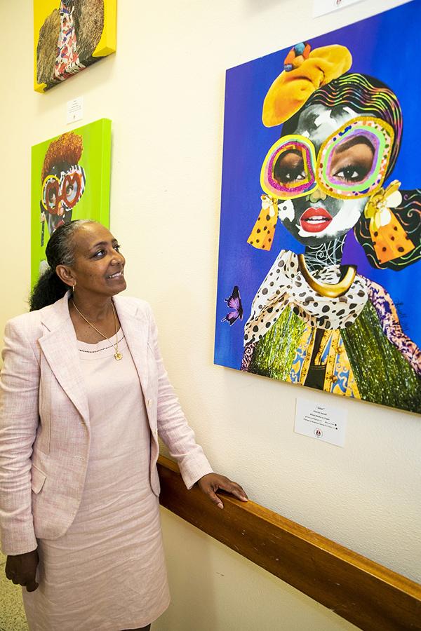 Public Art Project in Govt Buildings Bermuda June 2019 (1)