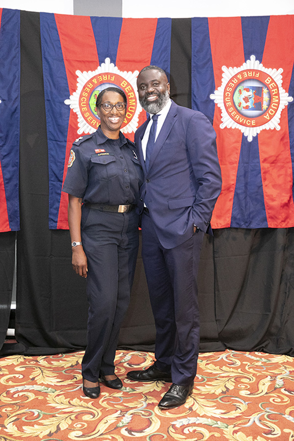 Lt Roxanne Francis  and Minister Caines Bermuda July 2019