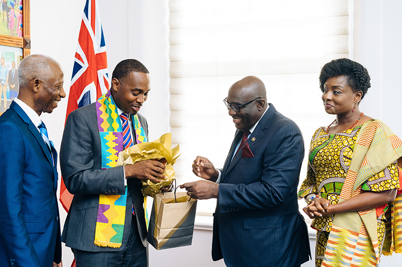 Meeting Between Governor Of Bermuda & Ghanaian Ambassador To UK & Ireland July 2019 (5)