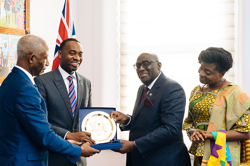 Meeting Between Governor Of Bermuda & Ghanaian Ambassador To UK & Ireland July 2019 (8)