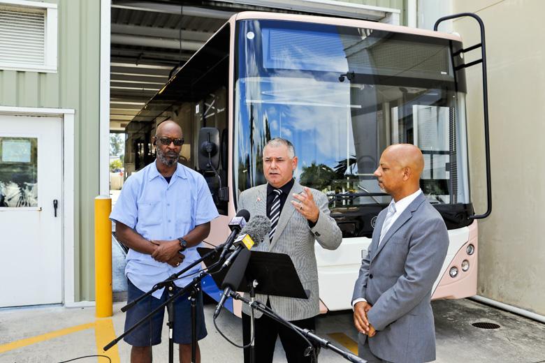 Minister DeSilva Bus Updates Bermuda Aug 2019 (1)