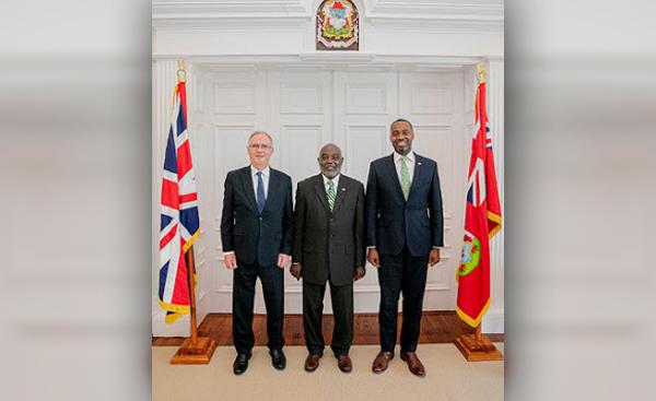 Neville Tyrrell sworn in as temporary Minister for Health Bermuda Aug 2019 (3)