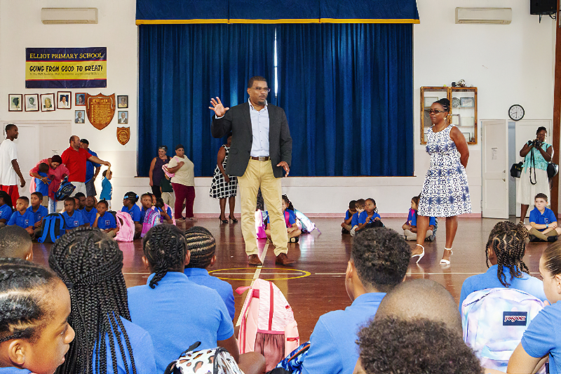 Back-to-School-Elliot-Primary-Bermuda-September-10-2019-11