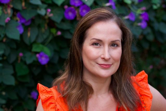 Ilona Perry Bermuda Sept 16 2019 Author Pic
