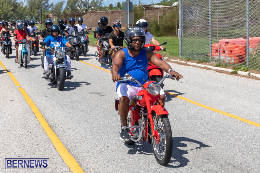 Scooter-Mart-Bermuda-Charge-Charity-Ride-Out-September-1-2019-4408