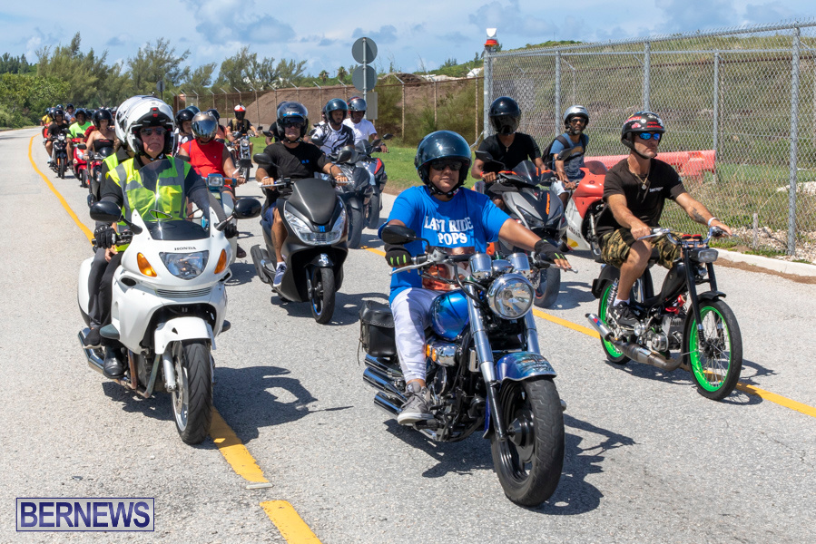 Scooter-Mart-Bermuda-Charge-Charity-Ride-Out-September-1-2019-4410