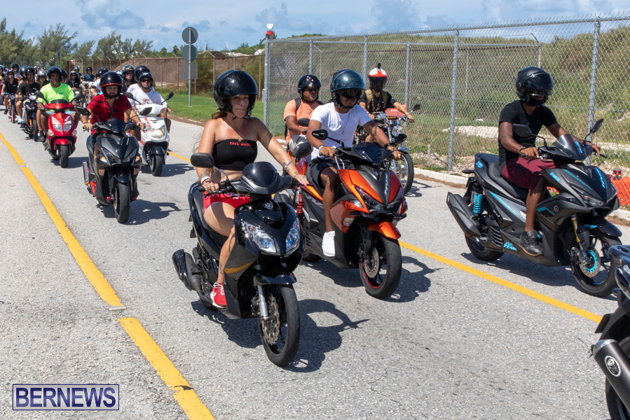 Scooter-Mart-Bermuda-Charge-Charity-Ride-Out-September-1-2019-4414