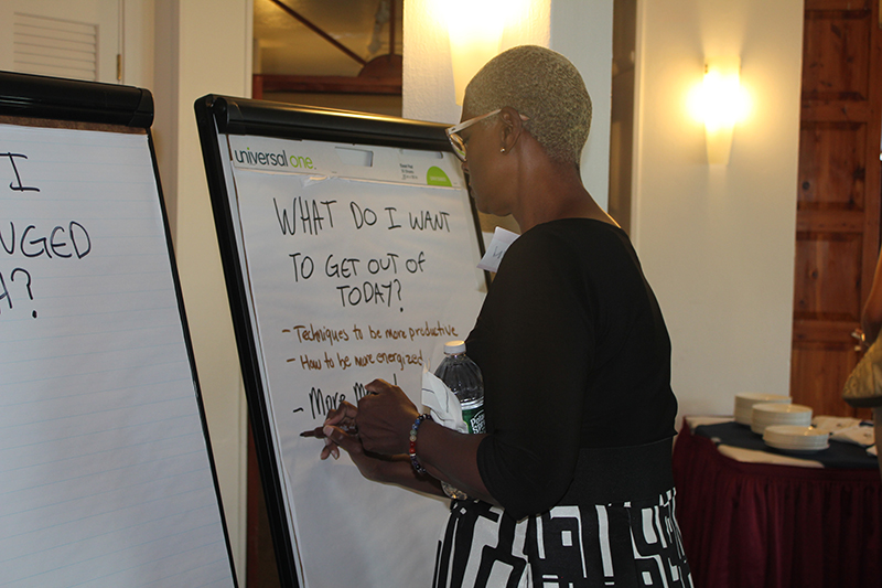 BEDC Helps Entrepreneurs Find Balance Bermuda Oct 2019 (3)