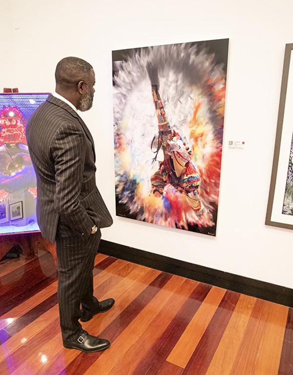 Anti Violence Art Exhibit Bermuda Nov 2019 (3)