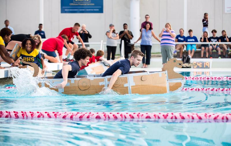 Cardboard Boat Challenge Bermuda Nov 2019 (1)