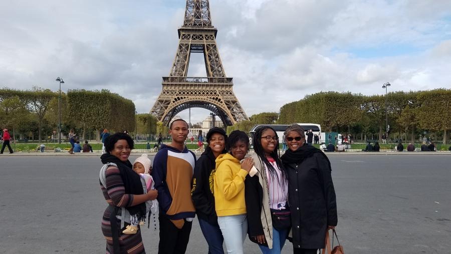 CedarBridge Academy Students Visit France (2)