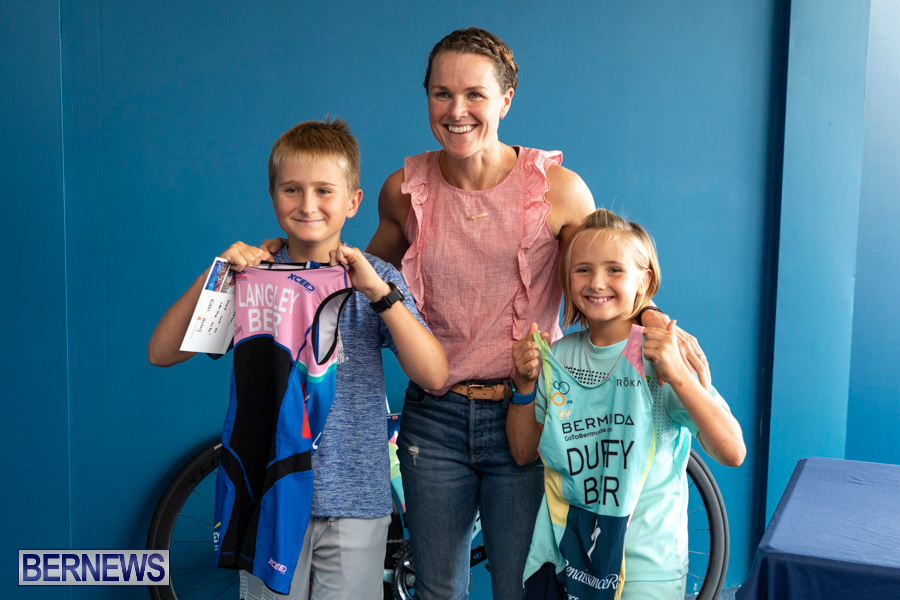 Iron Kids Card Signing triathlon champion Flora Duffy Bermuda, November 16 2019-2264