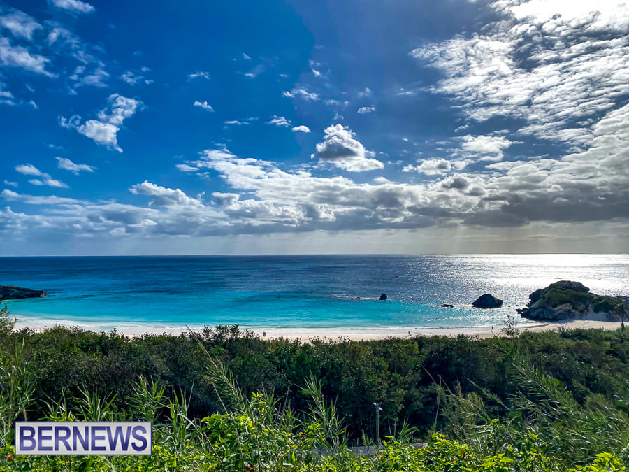 816 - December in Bermuda. Friday afternoon overlooking Horseshoe Bay