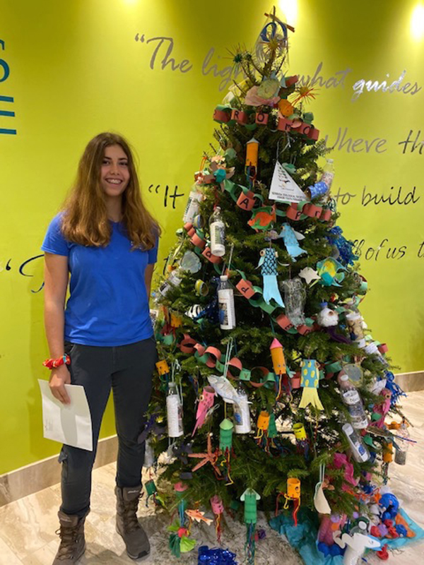 Charity Christmas Tree Event Bermuda Dec 2019 (3)
