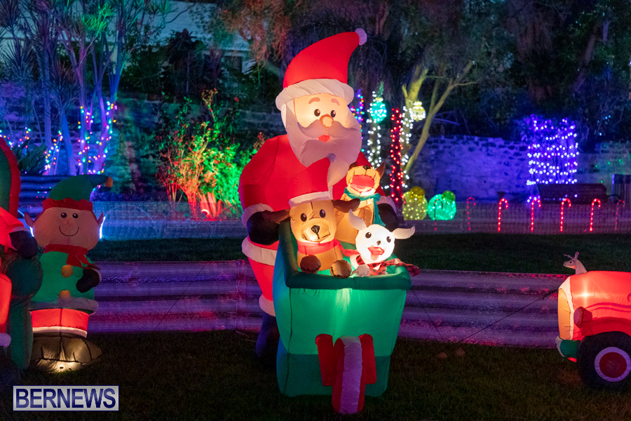 Christmas-Wonderland-at-Somers-Gardens-in-St.-Georges-Bermuda-December-21-2019-5329