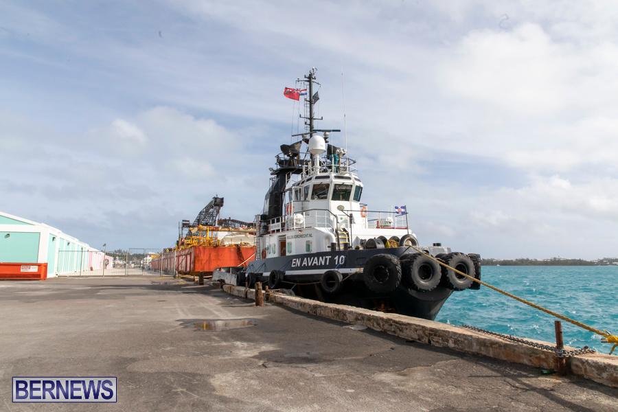 En Avant 10 Tug Resolve Marine Barge Bermuda, December 14 2019-3764