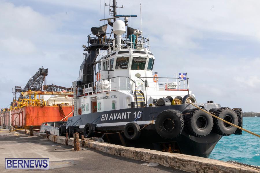 En Avant 10 Tug Resolve Marine Barge Bermuda, December 14 2019-3766