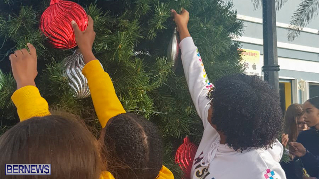Hamilton Christmas Tree Decorating Bermuda, December 6 2019-07-11