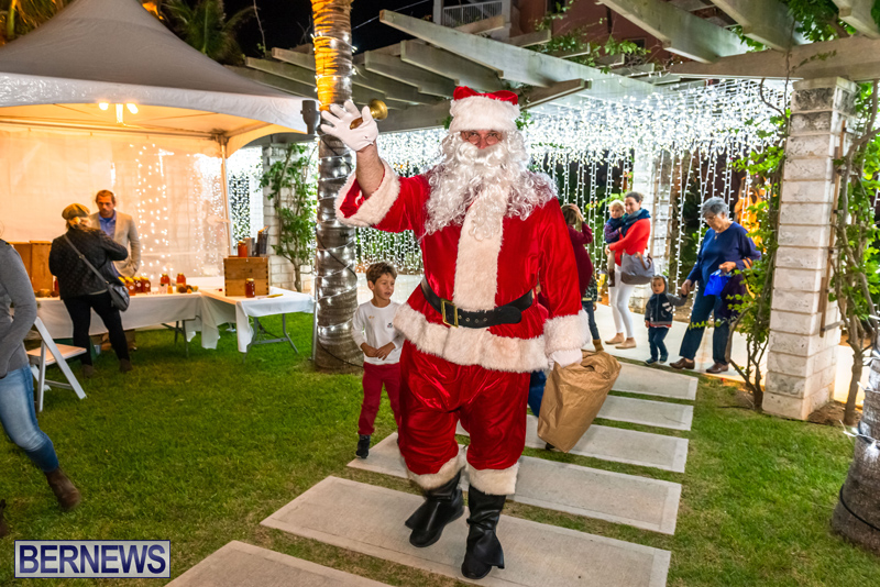 Hamilton Princess Christmas Village Bermuda Dec 2019 (38)