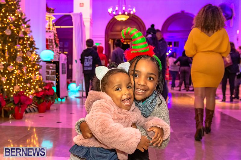Hamilton Princess Christmas Village Bermuda Dec 2019 (49)