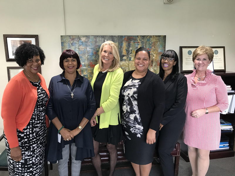 IVLP Group with CG Bermuda Dec 2019
