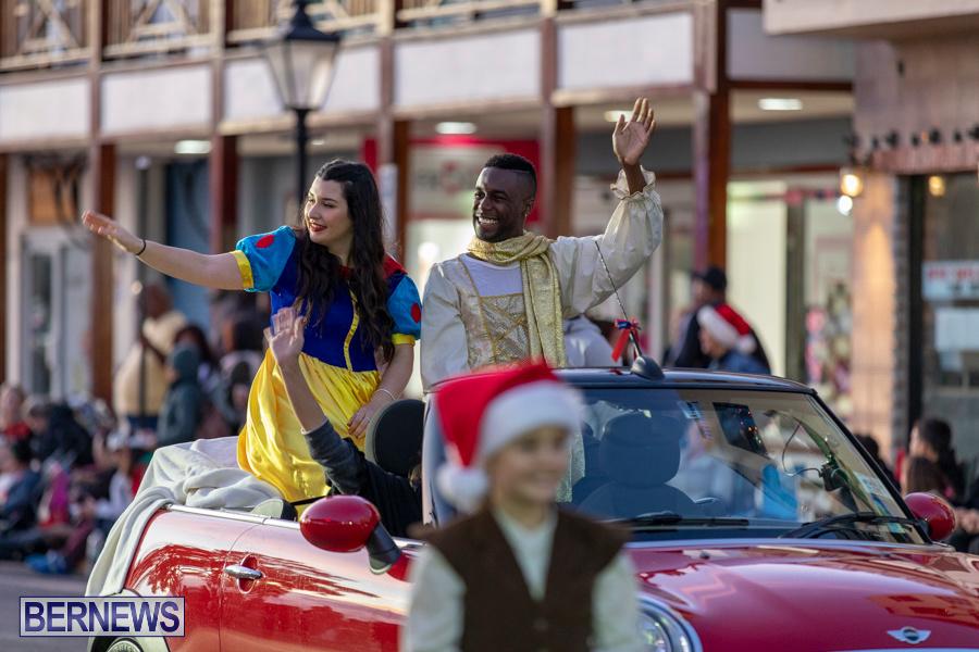 Marketplace-Christmas-Santa-Claus-Parade-Bermuda-December-1-2019-4960