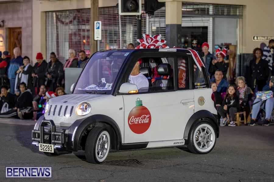Marketplace-Christmas-Santa-Claus-Parade-Bermuda-December-1-2019-5009